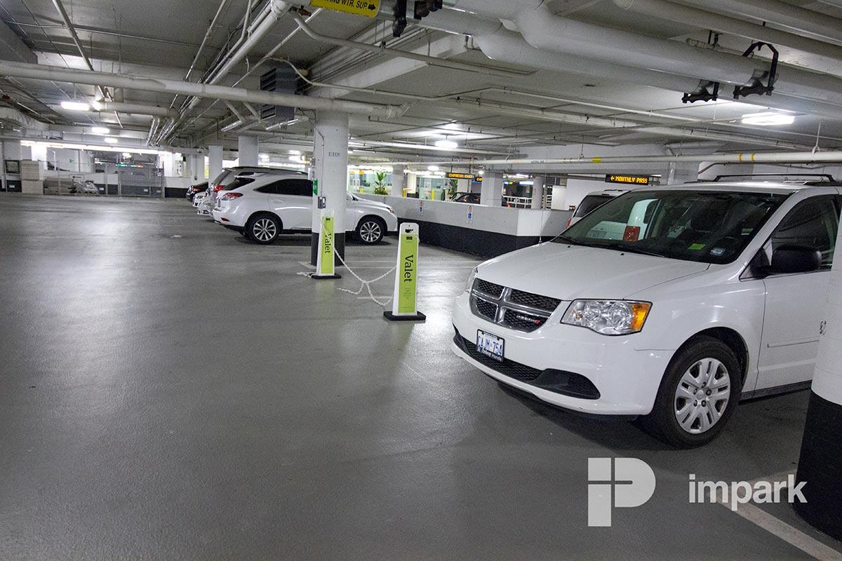Manulife Centre Parking Garage | Toronto Parking | Impark